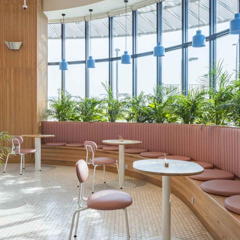 Brew92咖啡店,麦加的Liqui. 一楼室内设计照片