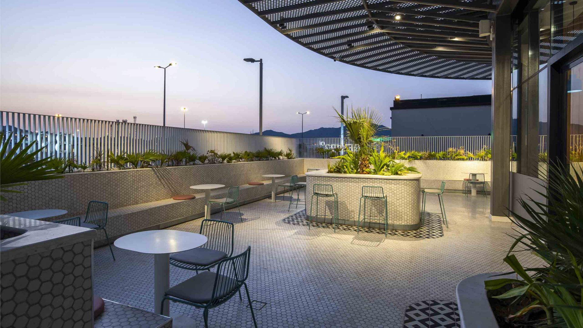 Brew92 Coffee Shop, Mecca by Liqui. Photograph of the ground floor exterior seating terrace